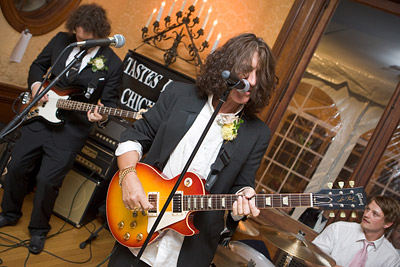 Joe Perry and Brad Whitford perform at wedding